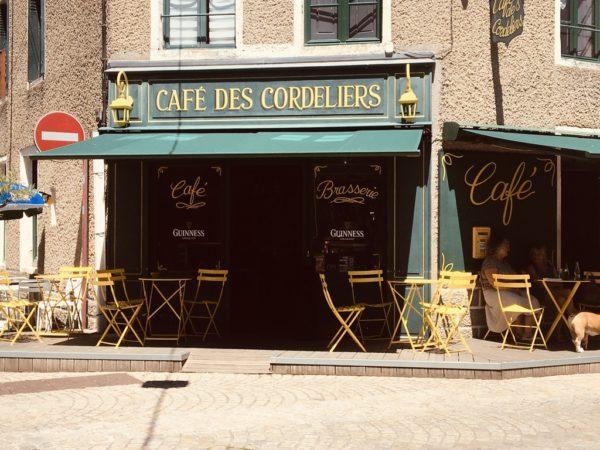 DEVANTURE CAFÉ DES CORDELIERS
