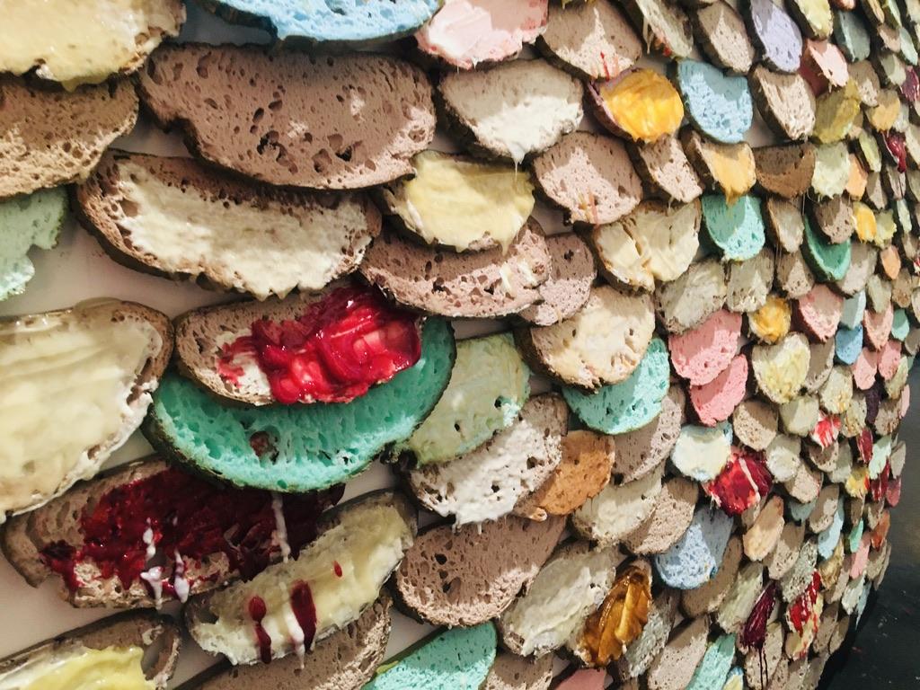 mur tartines colorées