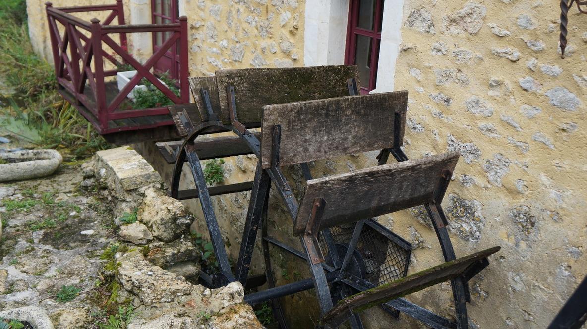 roue moulin à eau