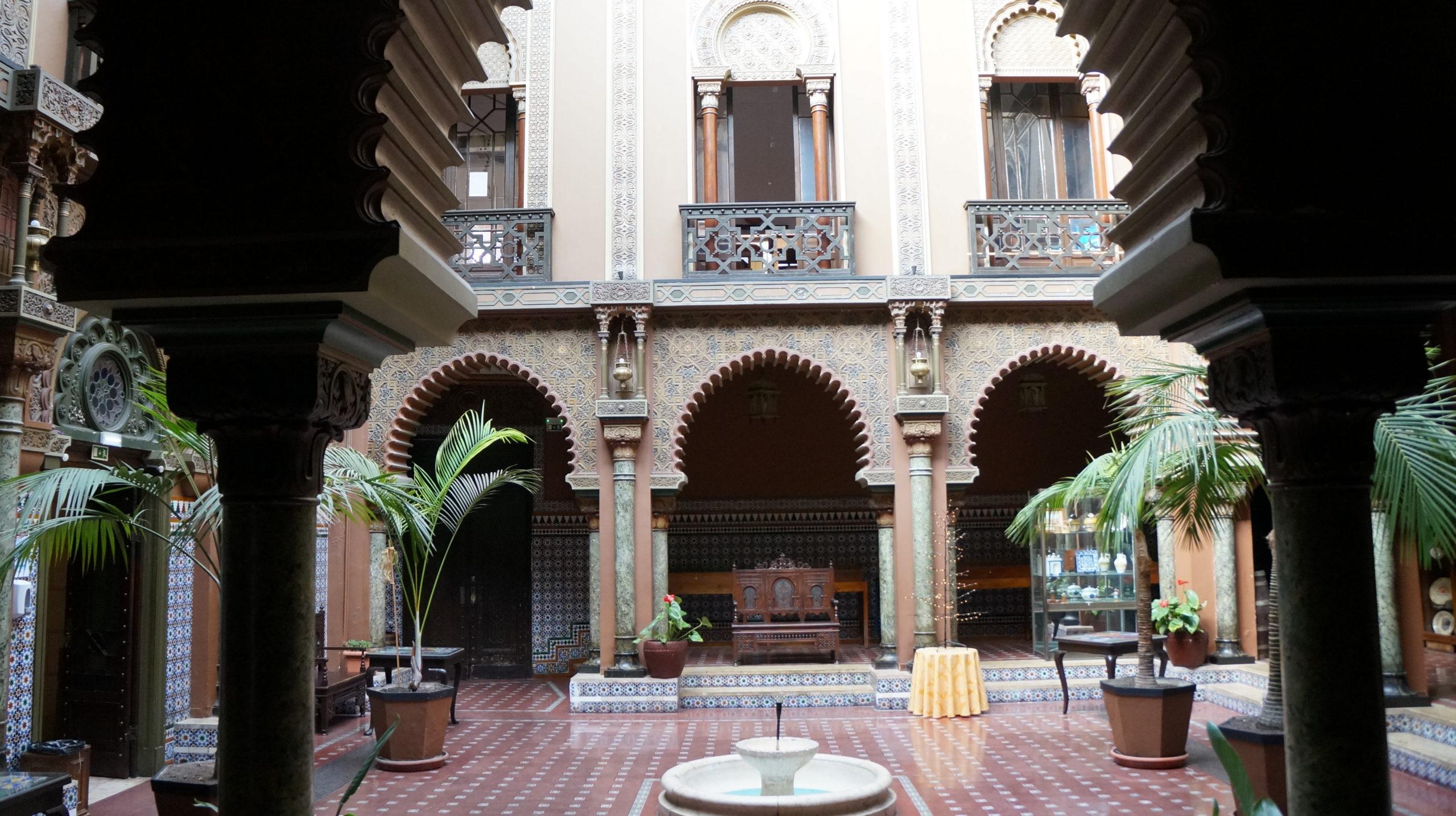 patio restaurant casa alentejo