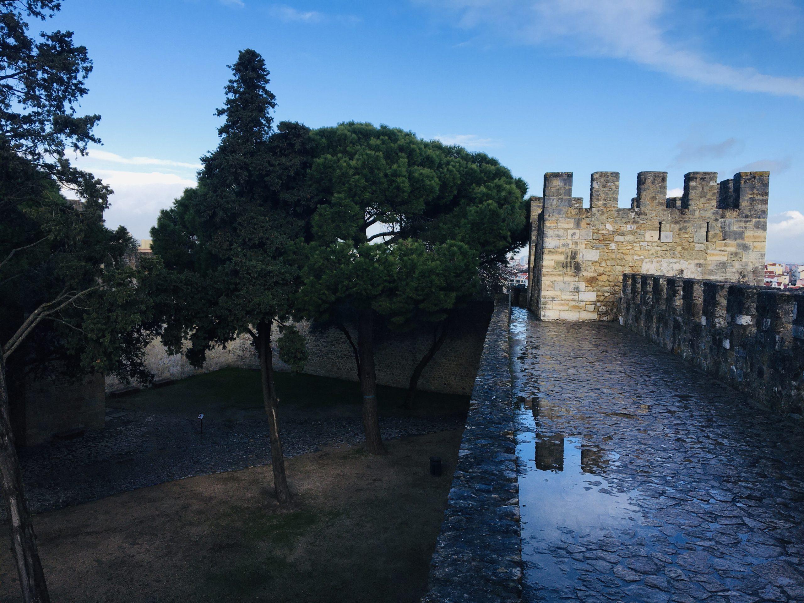 rempart chateau lisbonne