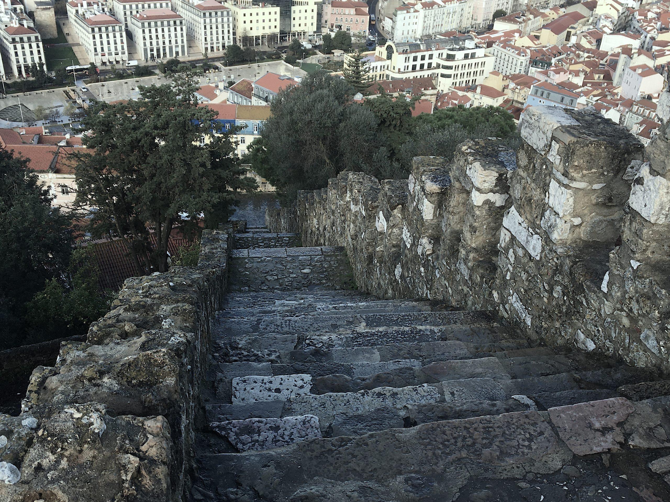escalier chateau lisbonne