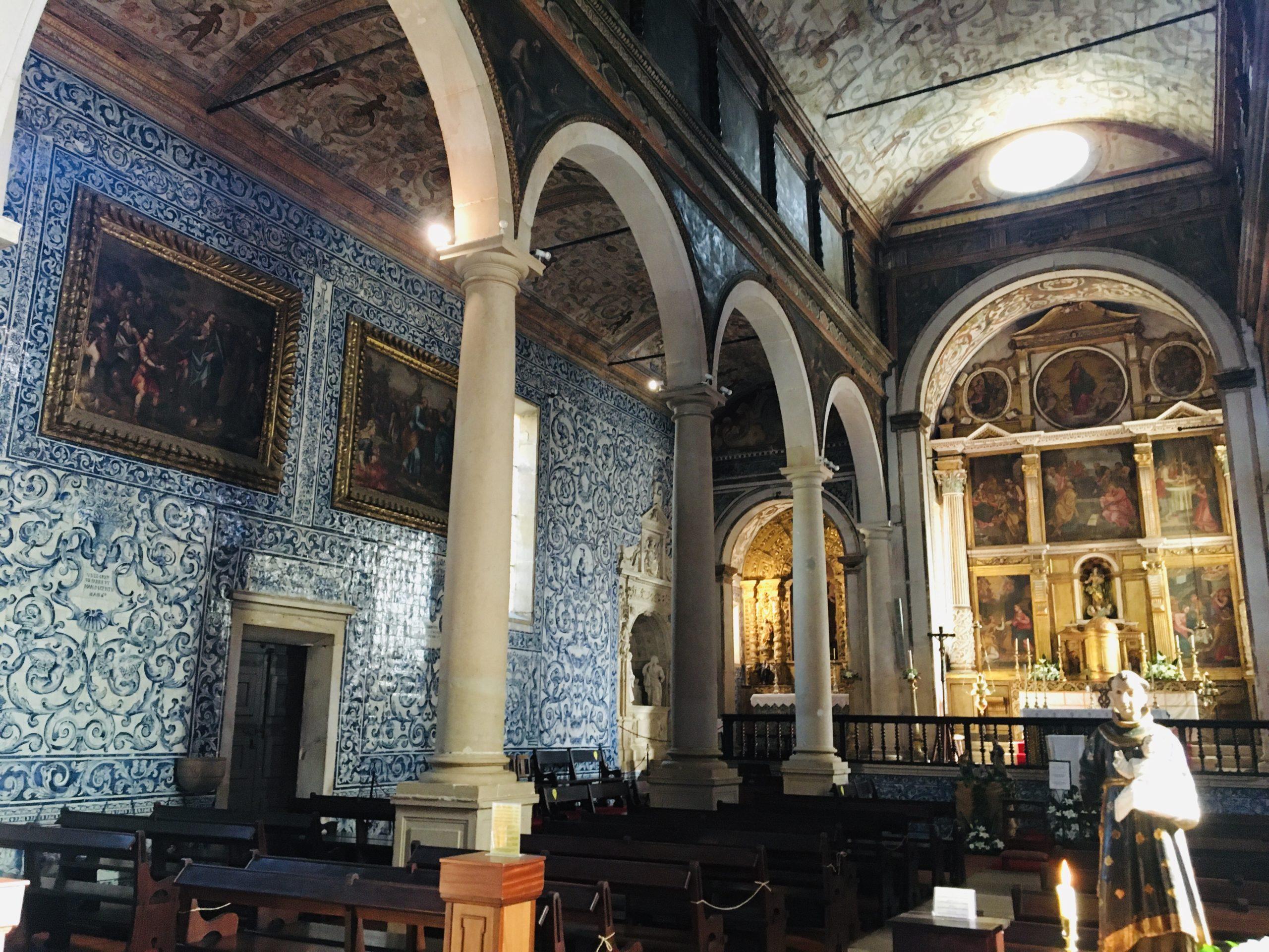 église obidos avec azulejos