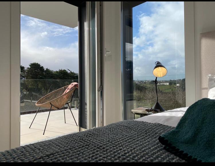 chambre avec terrasse et vue