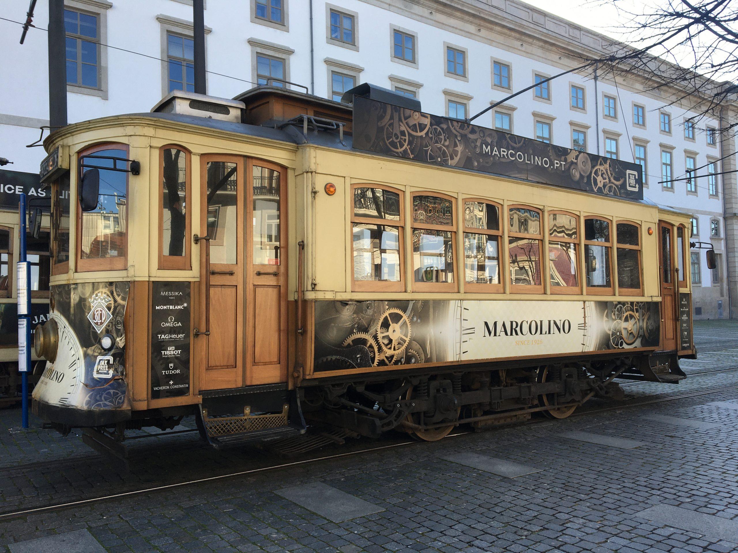 tram ancien porto